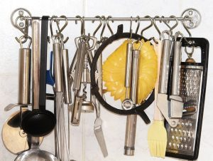 downsizing kitchen items